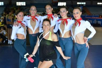 V TEAM - Mathilda Castillo - Fanny Vidal - Justine Vidal - Lory Gayraud - Clémence Richarte - Coach Vanessa Enjolras